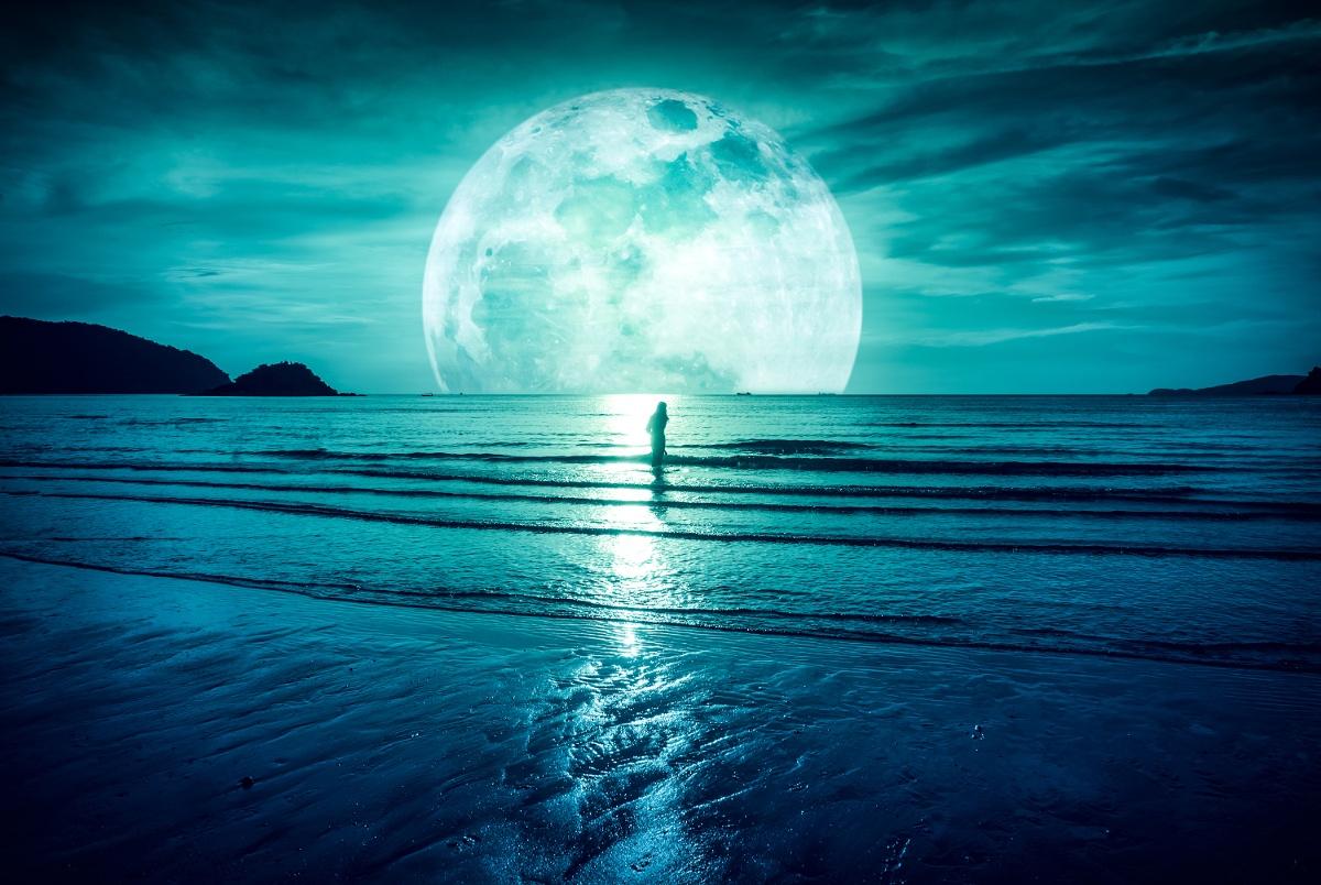 Seelenschimmer, im Einklang mit dem Mond